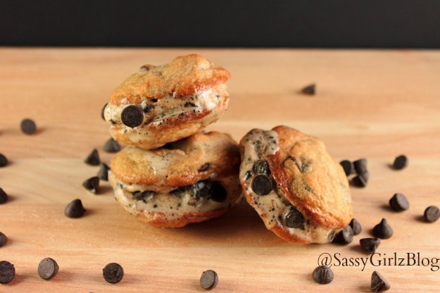 ... School Ideas – Lasagna and Chocolate Chip Cookie Ice Cream Sammies