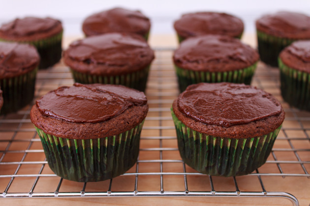 Andes Mint Chocolate Cupcakes | Sassy Girlz Blog