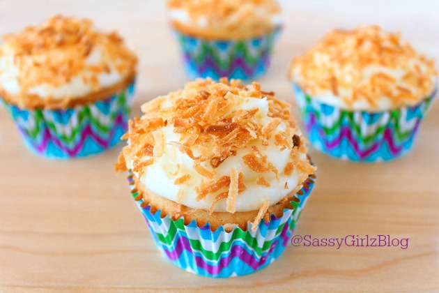 Toasted Coconut Cupcakes   Sassy Girlz Blog