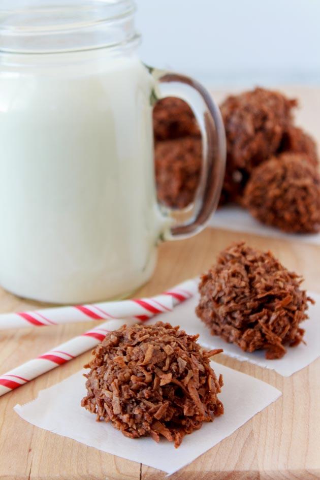 Chocolate Coconut Macaroons Recipe | Sassy Girlz Blog